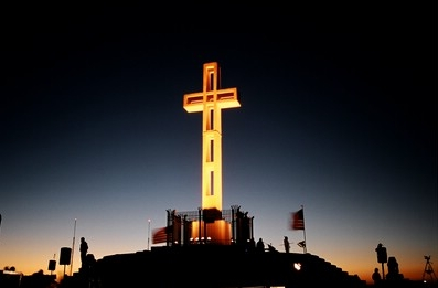 Mt._Soledad_Cross_at_Night